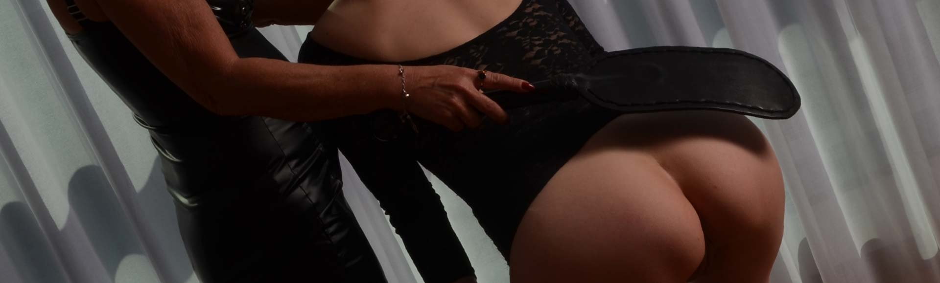 domina-begleit-escort-monique-header